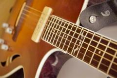 Yber Music Gitarre